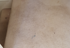 Carpet cleaning Calcot - before